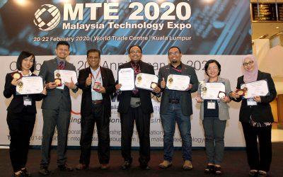"""Dr. Abdul Hafiz Menang Anugerah Khas """"Japan Intellectual Property Association (JIPA)"""""""